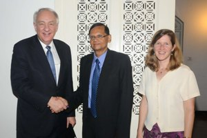 Ambassador Rapp calls on Minister Peiris