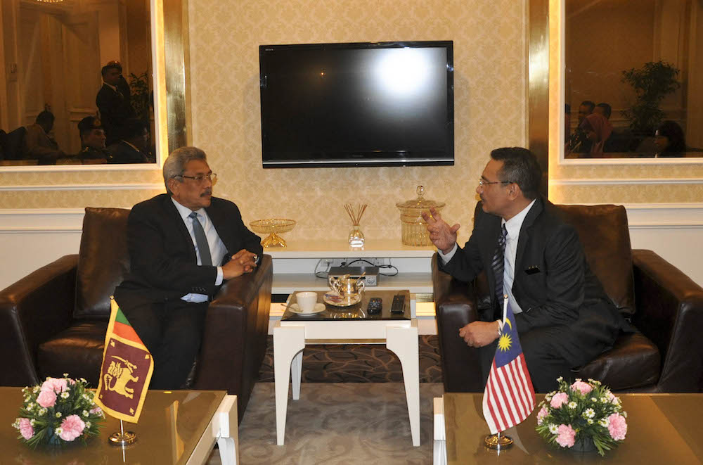 secretary defence meets the defence minister of malaysia