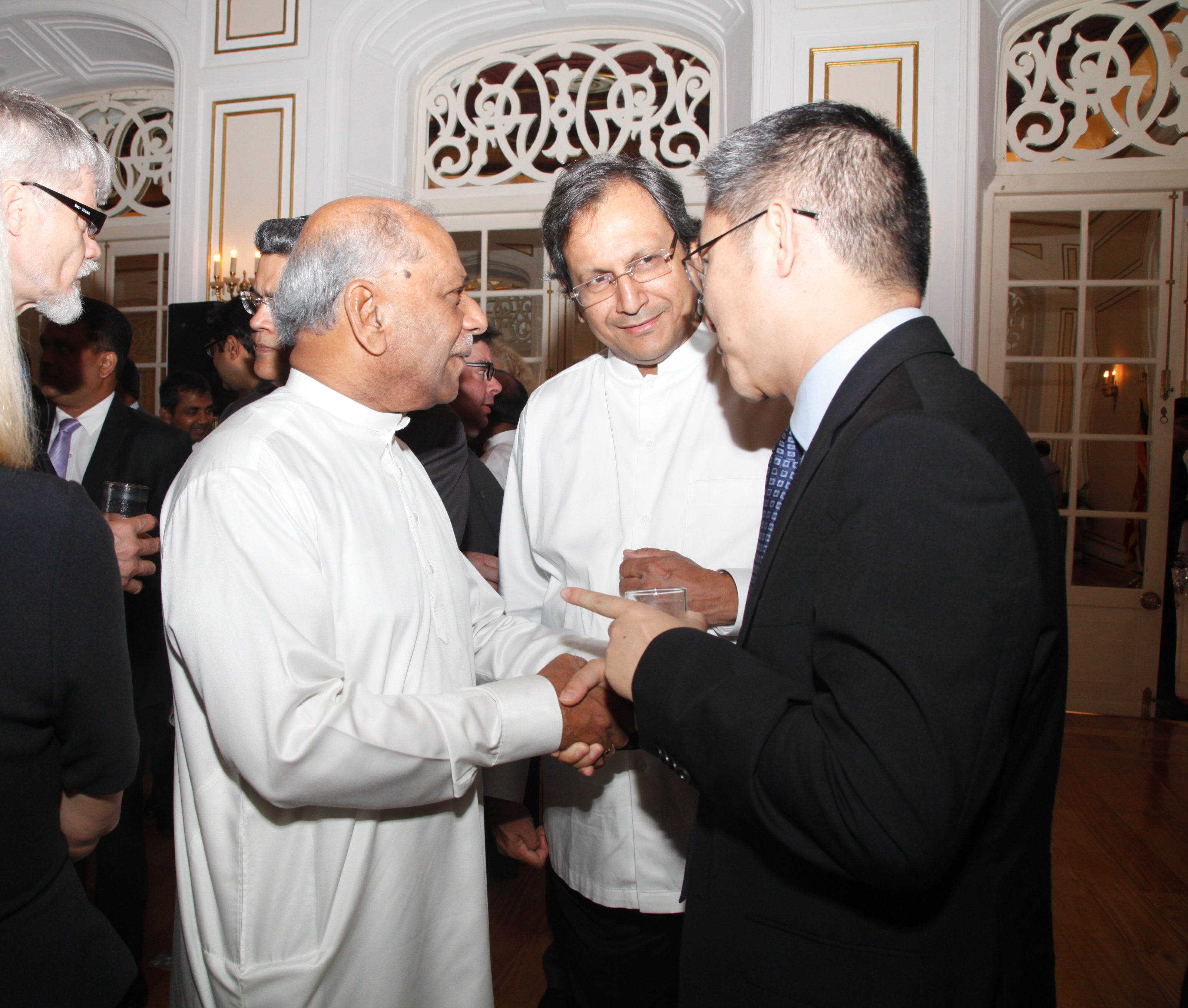 Hon. Foreign Minister and Foreign Secretary with envoys