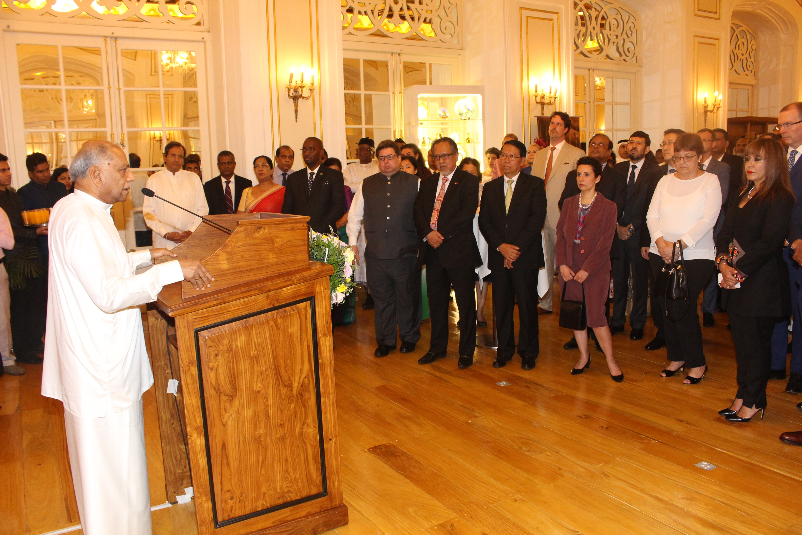 FOREIGN MINISTER HOSTS AMBASSADORS AT THE INDEPENDENCE DAY RECEPTION